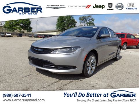 New 2016 Chrysler 200 S AWD
